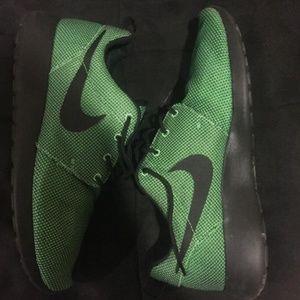 Green Nike Roshes